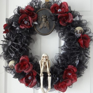 Black Skull Halloween Wreath