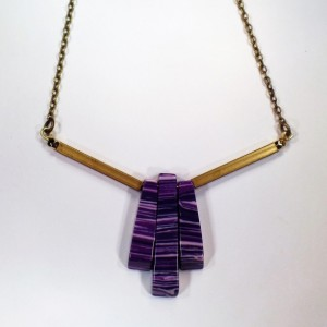 "Art Deco Choker Necklace with Brass Chain - Purple Vintage Beads - Adjustable Length 15""-18"" - Retro Multicolored Pendant"