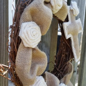 Grapevine wreath with natural and ivory burlap