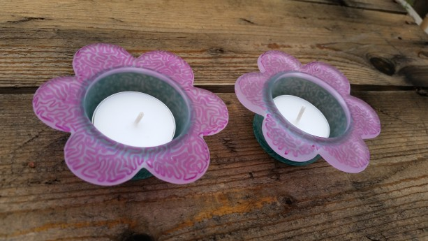 Flower Shaped Glass Candle Holders with White Tealights