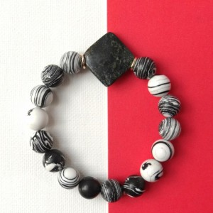 Black and white Bracelet; Stripes beads natural stone