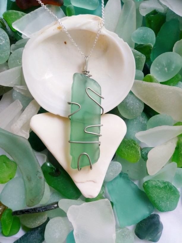Green sea glass necklace, sea foam green necklace, green sea glass jewelry, island style, beach jewelry, beach glass, green, handmade, boho