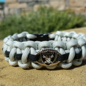 Oakland Raiders Paracord Bracelet NFL Officially Licensed Charm