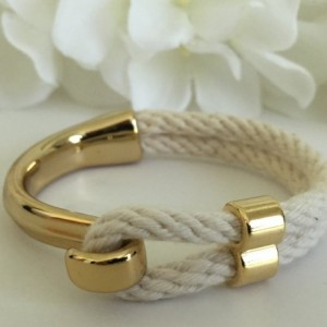Natural White Rope Gold Half Hook Clasp Bracelet