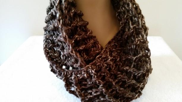 Outlander Clare Scarf - Infinity Cowl Scarf, Chunky Scarf, Mobius Handmade, Sassenach Scarf, Crochet