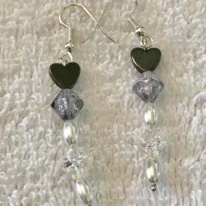 "Hearts on Ice handmade beaded necklace/earrings aet 18"" long"