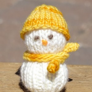 Snowman, Hand Knitted Snowman, Festive Toy, Knitted Snowman, Tree Ornament