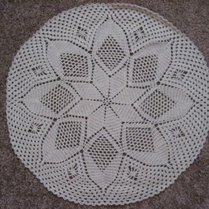 "Handmade Tan ""Diamonds Are Forever"" Doily Centerpiece Table Decor"