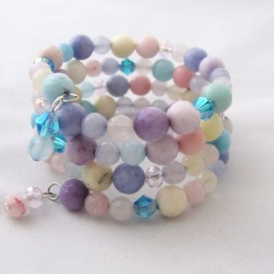 Tween Bracelet Memory Wire Bracelet Pastel Colors Faceted Glass Beads Beaded Bracelet Girls Bracelet Tween Jewelry