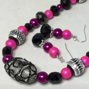 Black and Pink Beaded Necklace and Earrings Set