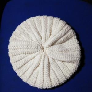 Handmade woman beanie