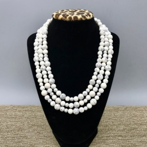 White Howlite Statement Necklace, White Chunky Necklace, White Bead Necklace,Howlite Necklace, MultiStrand White Necklace, Statement Jewelry