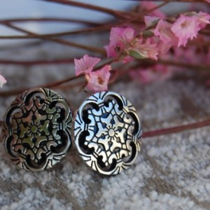 Metal Filigree Cut-Out Button Stud Earrings