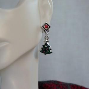 Pewter Christmas tree earrings