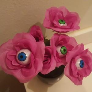 Eyeball Roses