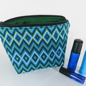 Essential Oil Bag, Essential Oil Travel Case, Essential Oil Pouch, Essential Oil Storage, Roller Ball Bag, Zig Zag Bag,