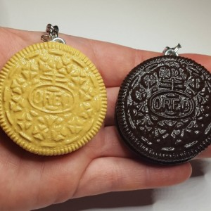 Polymer Clay Oreo Cookie Keychain, miniature food realistic food