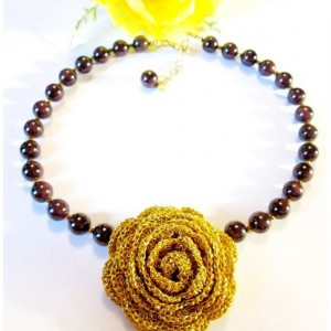 Gold Flower Beaded Garnet Gemstone Necklace, Dark Red Necklace, Red Gemstone Beads, Gift for Mom, Anniversay Gift, Just for Her, Unique Gift