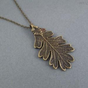 Bronze Oak Leaf Pendant - Ranger's Apprentice Inspired