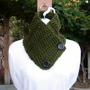 Solid Dark Green NECK WARMER SCARF with Large Black Buttons Soft 100% Acrylic Crochet Knit Buttoned Cowl Scarflette, Ready to Ship in 3 Days