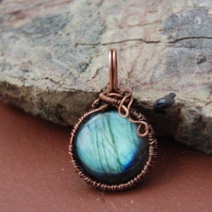 LABRADORITE PENDANT - Round, Brilliant Blue Labradorite Necklace. Unique Jewelry