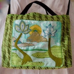 Beach bag, large tote featuring appliquéd beach scene in happy green tones!