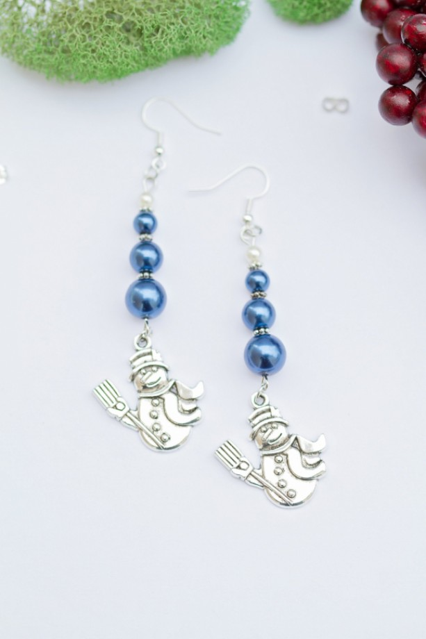 Cute silver Christmas snowman charm earrings/Blue and white pearl glass beads and tibetan silver metal spacers/Under 20 dollars/Nickel free