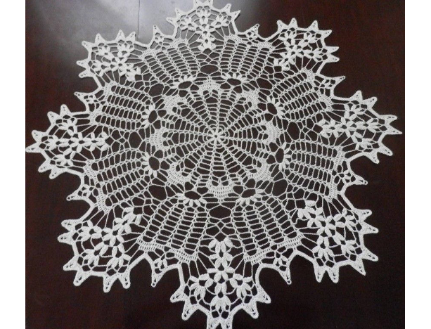 Lovely Real Handmade Crochet Lace Tablecloth Doily, SNOW WHITE, Round, 35.5