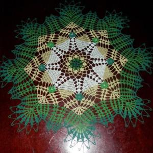 "Stunning Real Handmade Crochet Doily, GREEN, Round, 30"", ""Daisy Meadow"", Cotton100%, USA FREE shipping"