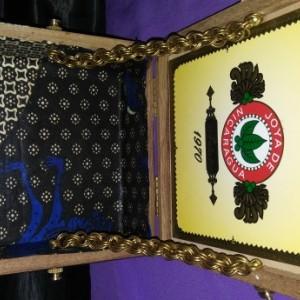 Cigar wall box
