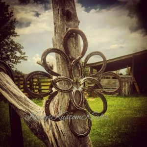 Rustic Country  Horseshoe wreath, Handmade Home decor , Rustic Star Horseshoe Wreath, Handmade Steel decor, rustic decor, country Homedecor