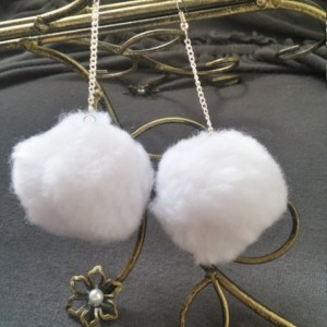 White Pom Pom Earrings - Pom Pom Earrings