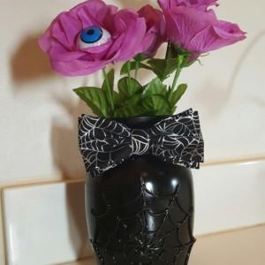 Spiderweb vase