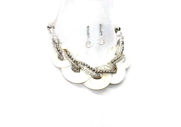 White Beads Shell Disk Pendant Necklace Set
