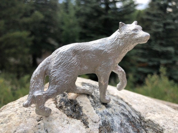 Timber Wolf pewter figurine, hand cast