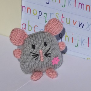 Hand Knitted Mouse, Knit Gray Mouse, Toy Mouse, Stuffed Animal, Knitted Toy, Plush Toy Mouse, Toy for Infant, All Handmade, Ready to Ship