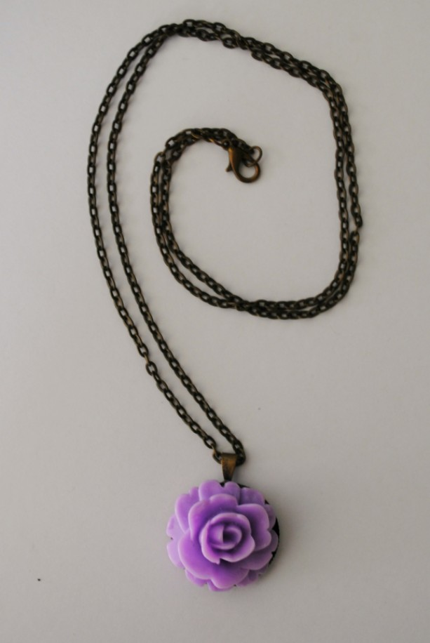 Purple Rose pendant and necklace