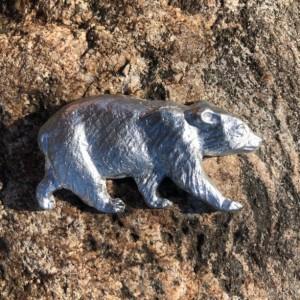 Black bear magnet pewter figurine, California, hand cast