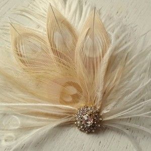 Champagne Ivory Feather Fascinator, Wedding Hair Accessories, Bridal Hair Fascinator,Vintage Style Fascinator, Great Gatsby, Bridal Comb,