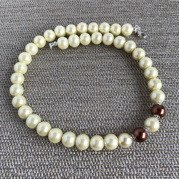 White Glass Pearl Necklace, Pearl Beaded Necklace, Statement Necklace, Glass Pearl Necklace, White Necklace, Glass Necklace, Chunky Necklace