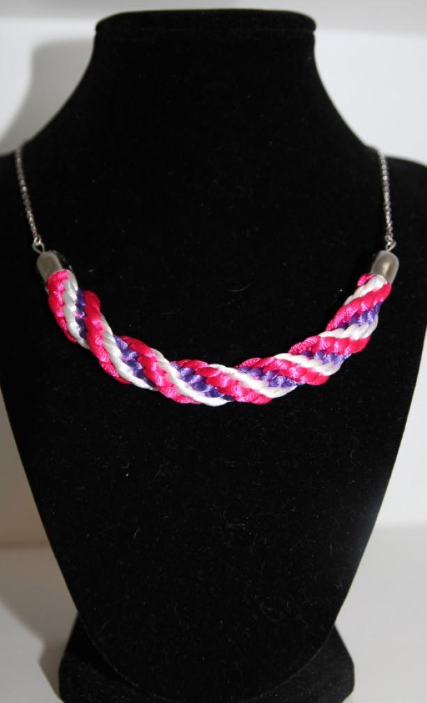 Braded necklace