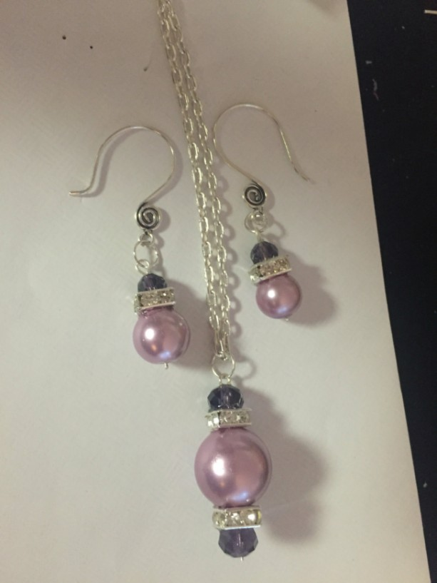 Purple pasion necklace and earring set
