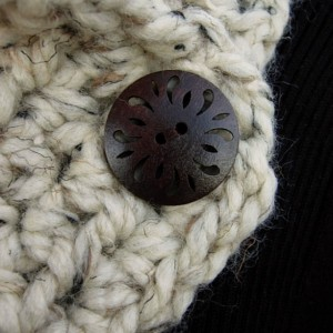 NECK WARMER SCARF Buttoned Cowl Oatmeal Beige Tweed Light Natural Brown Wool Blend, Wood Buttons, Large Chunky Crochet Knit, Ready to Ship in 3 Days