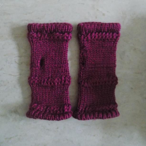 Plum Knit Fingerless Gloves