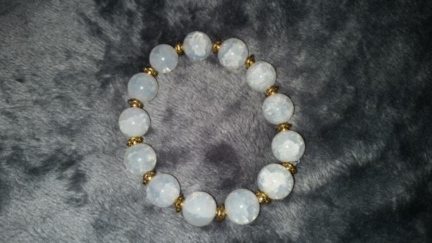 White Agate peaceful bracelet