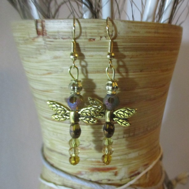 Gold /brown dragonfly earrings.