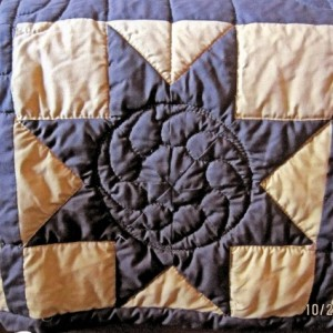 Traditional Texas Lone Star King Sized Quilt