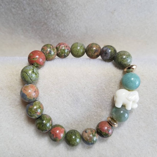 10mm elephant beaded bracelet