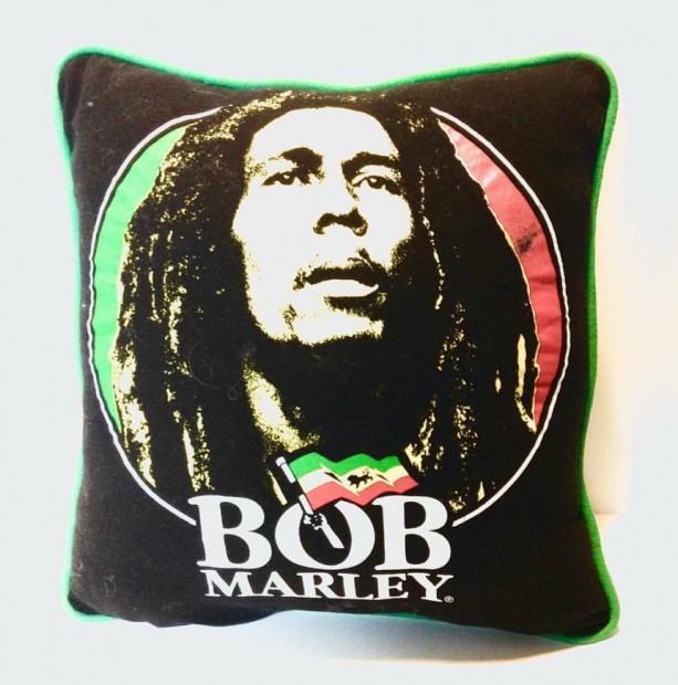 Bob Marley T-shirt throw pillow