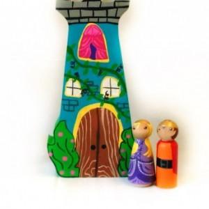 Princess castle - Princess dolls - Fairy tale dolls - Peg dolls - Wooden castle - Princess decor - Princess toy - Girls toys - Peg people